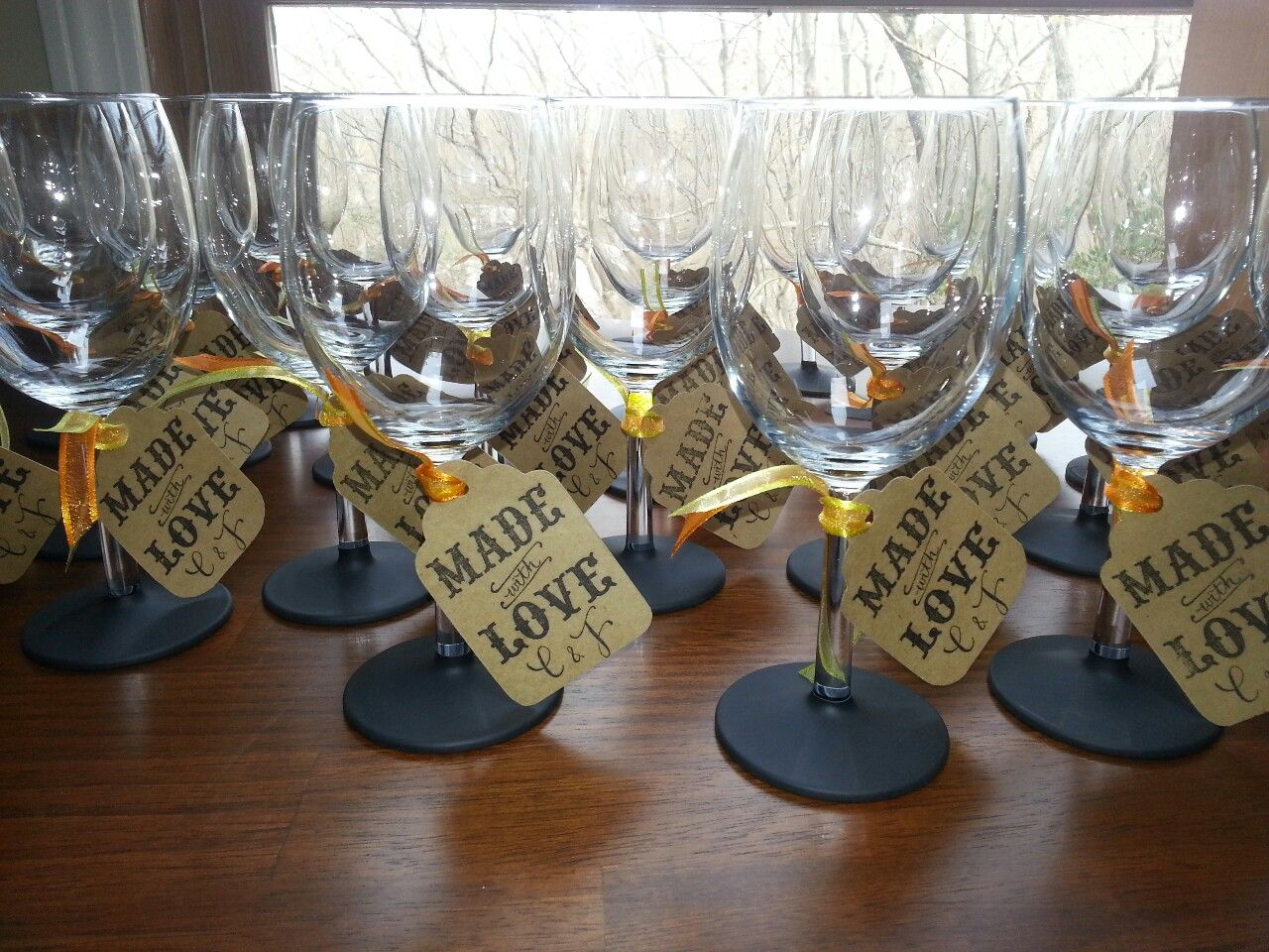 Diy Wedding Champagne Glasses Ideas Mahkittahkakes So I Made 60 Of These Saw This On