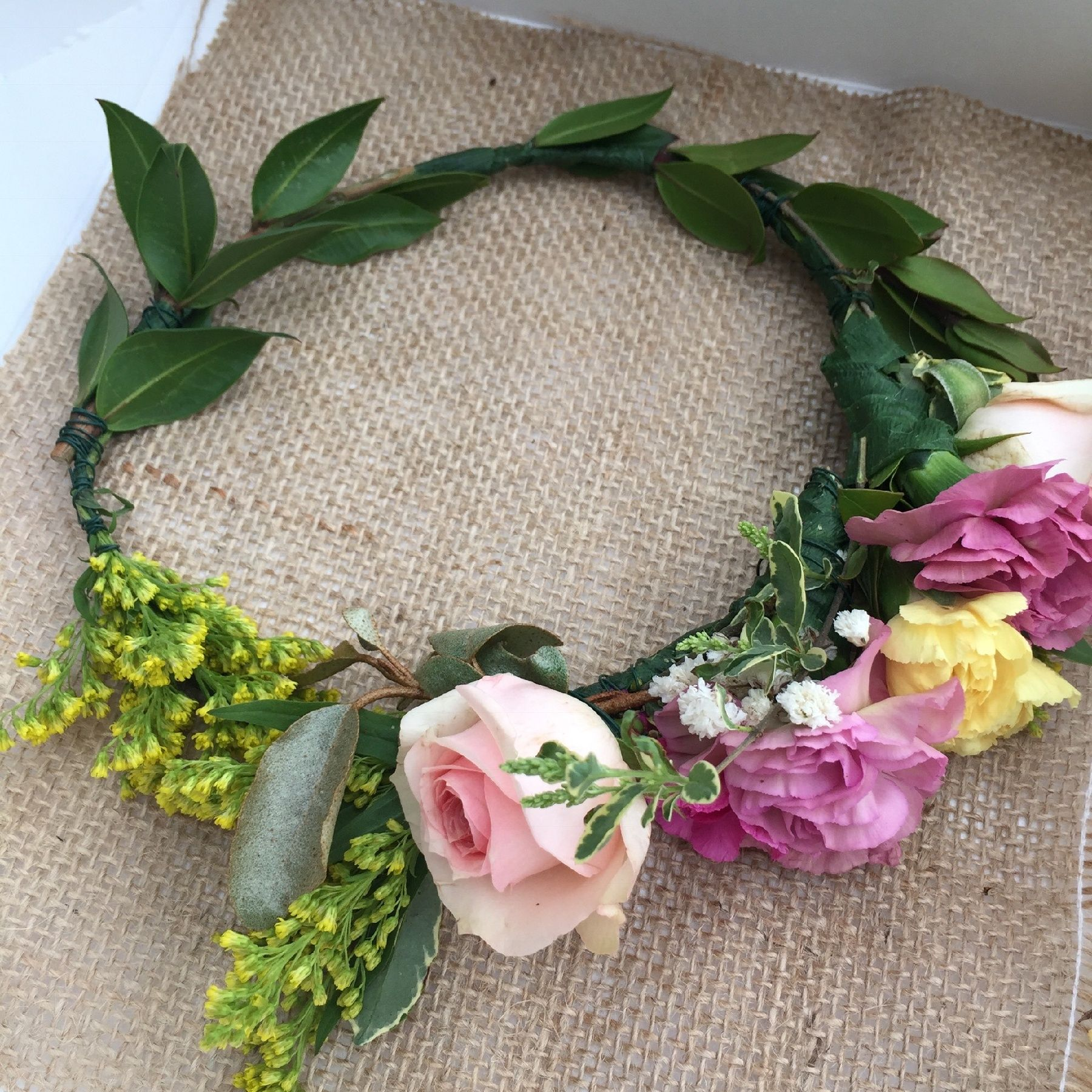 How to make a flower crown romantic weddings pinterest real how to make real flower crowns izmirmasajfo