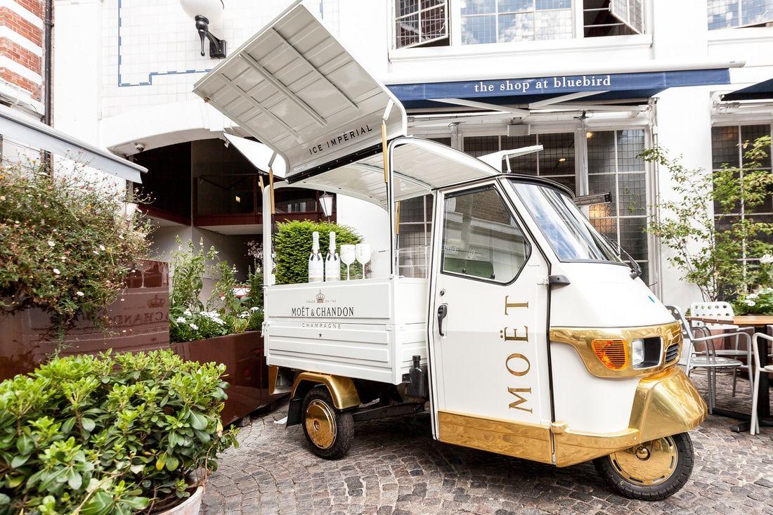 piaggio ape mobile bar food trucks pinterest piaggio ape mobile bar and food truck. Black Bedroom Furniture Sets. Home Design Ideas