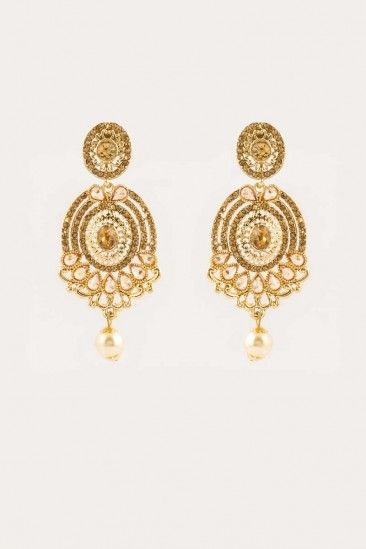 pear shaped stem have golden that pearls pin drop through a elegant these is earrings fed