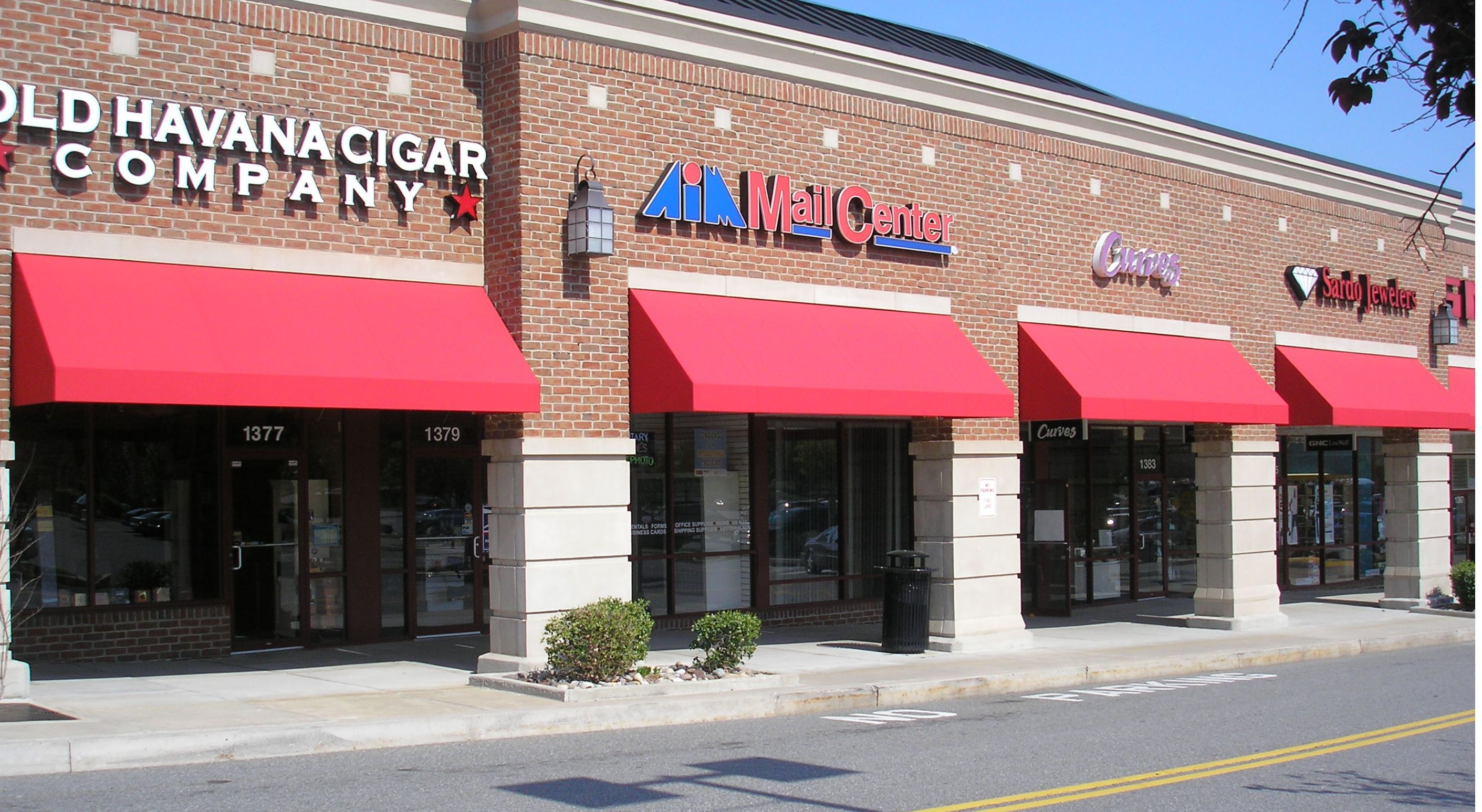 The Shoppes At Dillworthtown Crossings Storefront Awnings Kreider S Canvas Service Inc Awning Store Fronts Fabric Awning