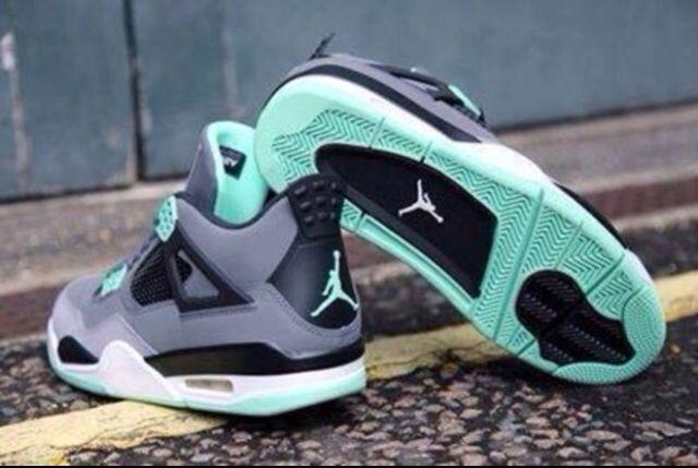 Jordan iV's grey and mint green | Shoes