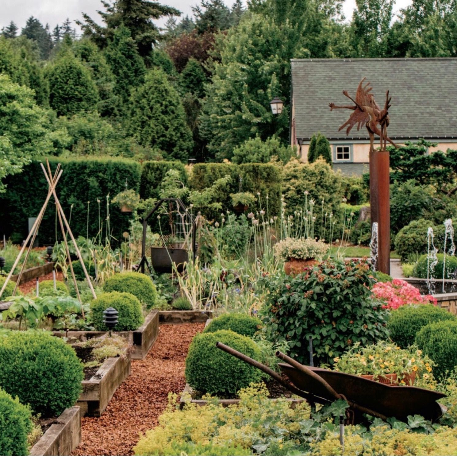 2 fantastic ideas in this garden 1) Have raised beds for