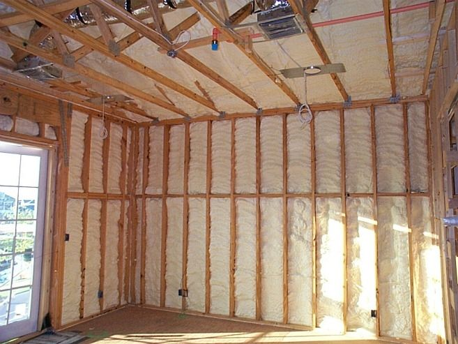 Spray Foam Insulation Fills The Nooks And Crannies In The Walls Of This Energy Efficient Florida Home Photo Courtesy Of Fsec Ibacos Attic Renovation Attic Remodel Attic Rooms