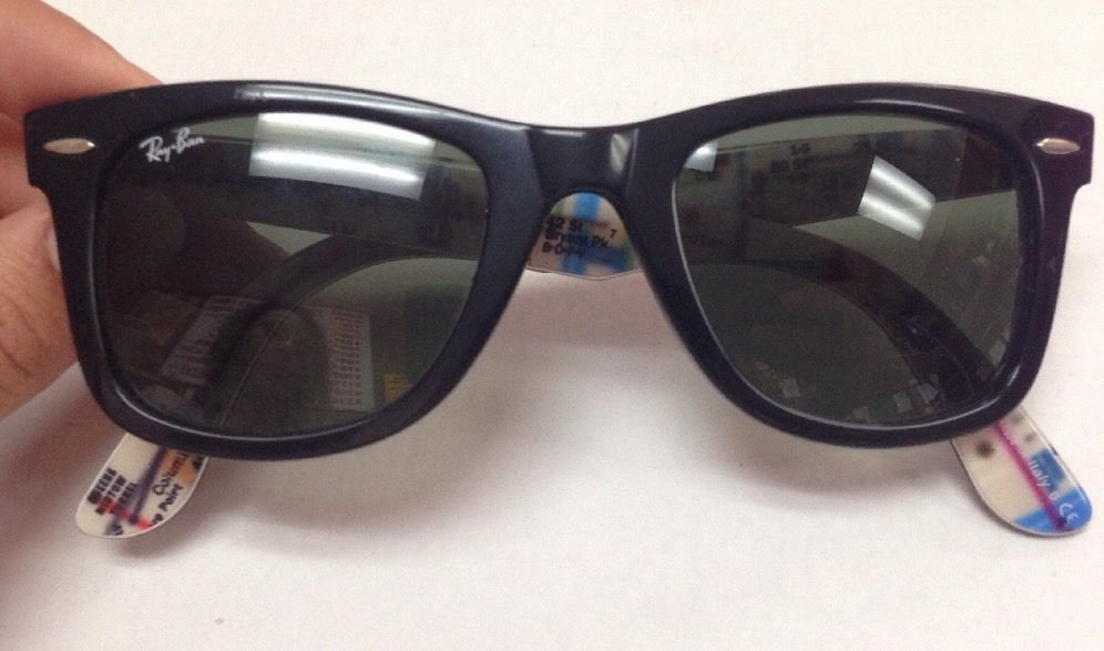 9f7acbff35 Rayban Original Wayfarer RB2140 50mm Polarized Black 1028 Map design inside  case