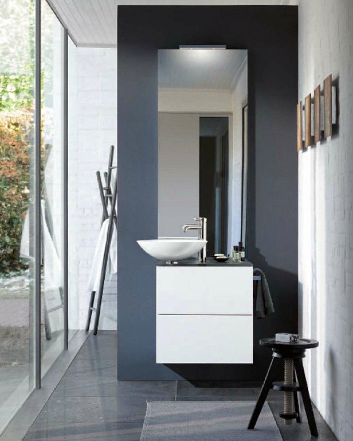 Edle Grautöne, Feine Sandtöne Oder Frisches Blau: Farbige Wände Geben  Badezimmern Je Nach Ton Eine Ganz Andere Atmosphäre.