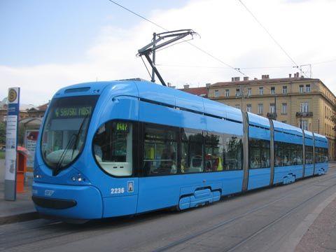 Tmk2200 Tram In Zagreb Trens Onibus Urbanismo