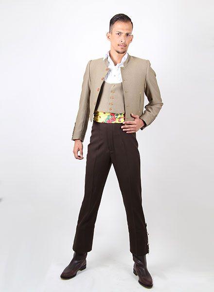Trajes camperos para hombre a dos colores con un bonito pañuelo estampado  de color amarillo 2edabe05836f