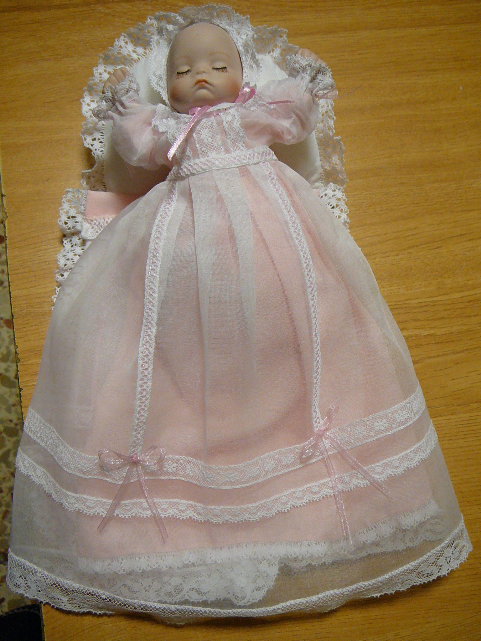 Mini bebé. Ambula Dolls