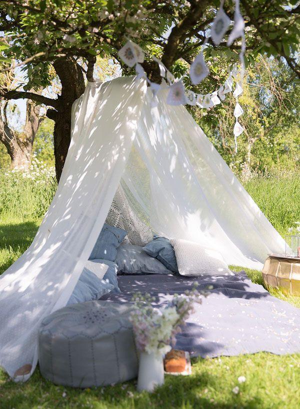 Une tente en voilages pour l\'extérieur   Pinterest   La sieste ...
