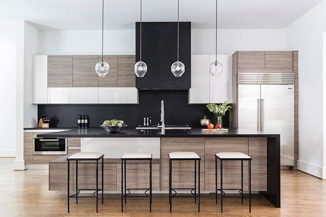 Armoires de cuisine moderne lustrés en Acrylux, thermoplastique - cout plomberie maison neuve