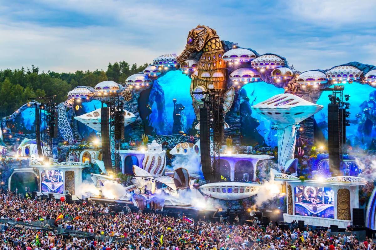 Tomorrowland 2018 Mainstage | The Edge of Tomorrowland em