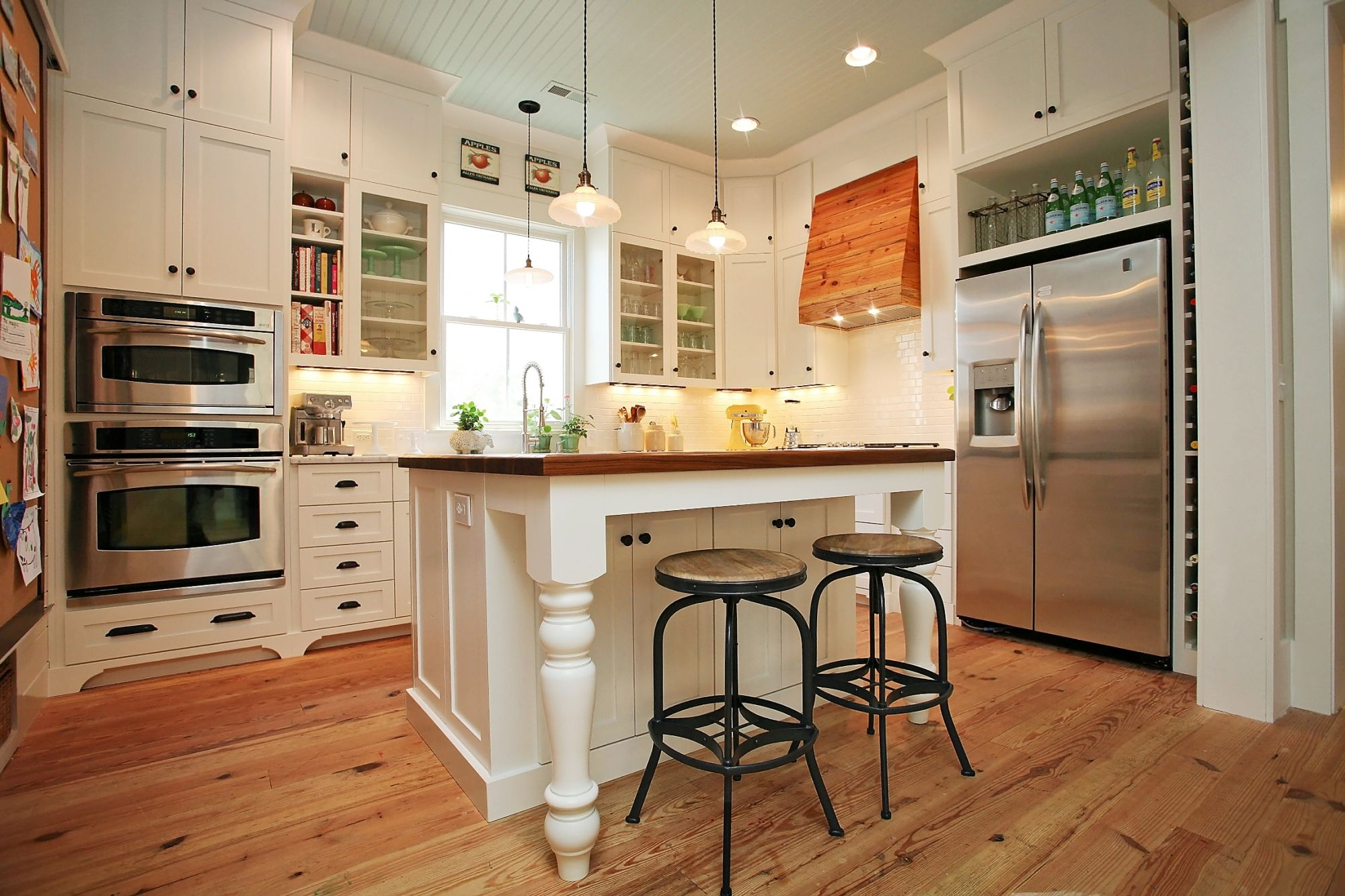 storage smart cabinets go all the way to the 10 ceiling giving the homeowner extra room f on kitchen cabinets to the ceiling id=48111