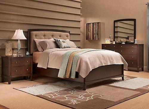 $1,599 Raymour Flanigan Freeport 4 Piece Queen Bedroom Set