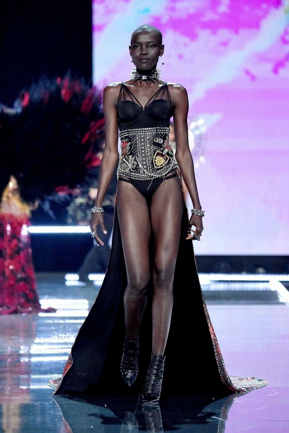 94bd05b50ed4 Grace Bol/Victoria's Secret × Balmain (VSFS '17) | Victoria's Secret ...