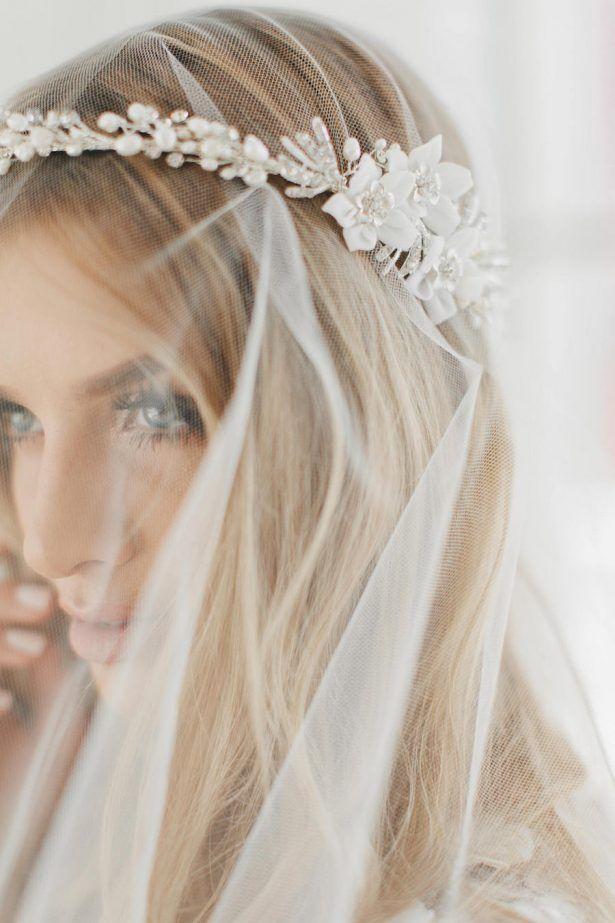 20 Gorgeous Bridal Headpieces For Sophisticated Brides Wedding Hair Accessories Vintage Bride Headpiece Bohemian Bride Headpiece