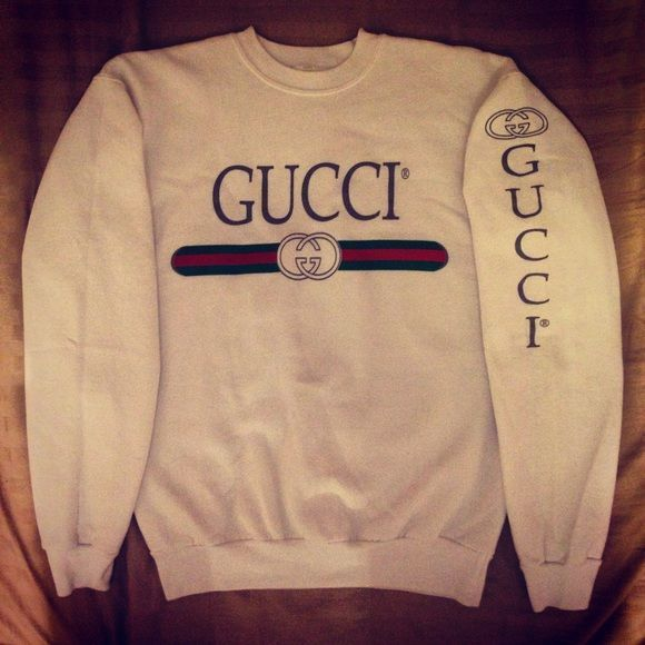 db29e529155 Vintage Gucci Sweatshirt Absolutely stunning vintage Gucci sweatshirt size  Small. Excellent condition. Gucci Sweaters
