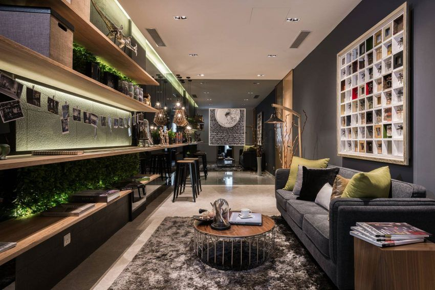 A Home For An Avid Traveler And Photographer And His Family House Design Apartment Design Luxury Apartments