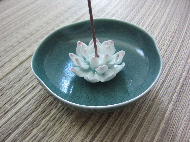 Vintage ceramic lotus flower incense stick holder incense sticks vintage ceramic lotus flower incense stick holder 1500 via etsy izmirmasajfo