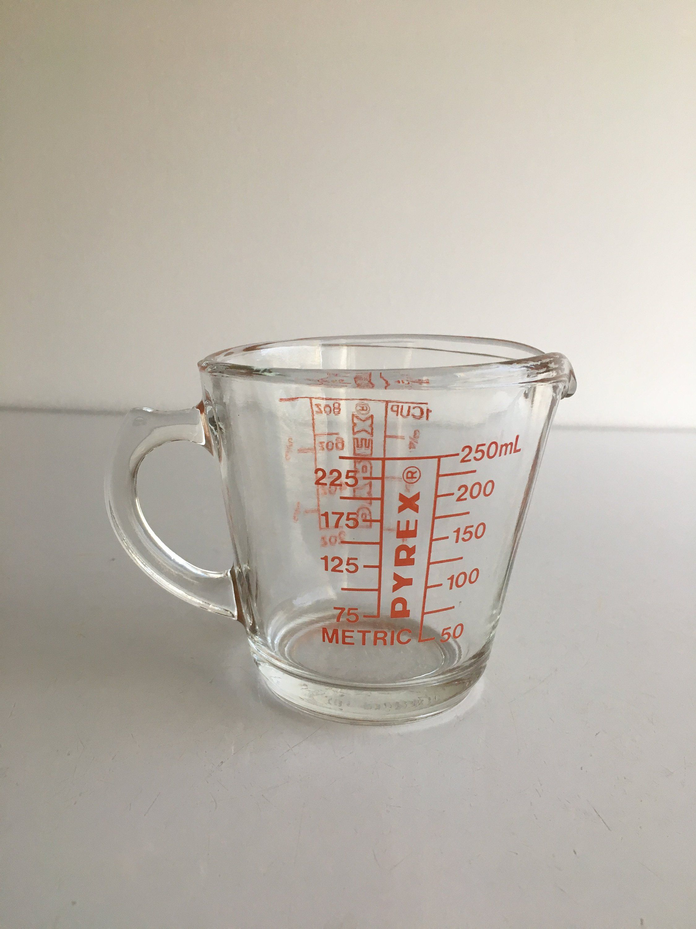 Vintage Pyrex Measuring Cup 1 Handle Red Lettering Glass