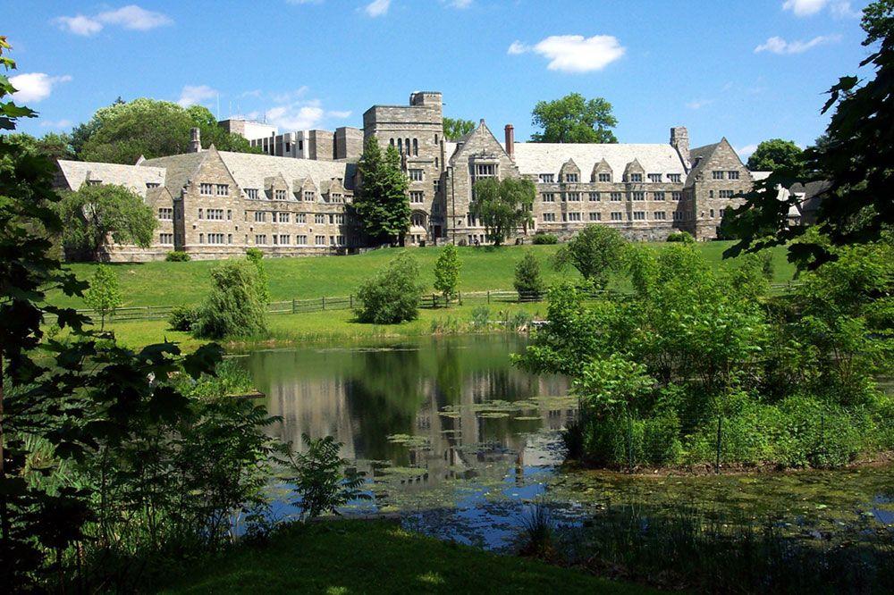 Kết quả hình ảnh cho Bryn Mawr College breathtaking campus