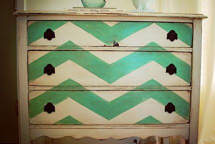 Cute way to paint a dresser