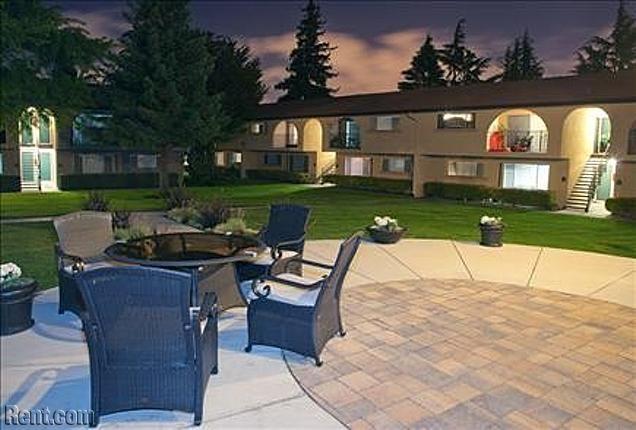 The Arches Wildwood Avenue Sunnyvale Ca Apartments For Rent Rent Com Apartments For Rent Outdoor Decor Sunnyvale