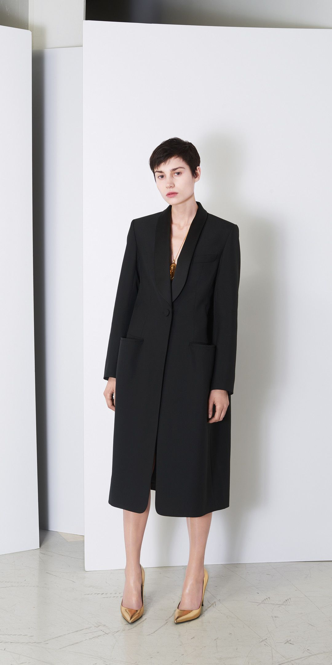 Balenciaga Coats for Women - Discover the latest collection at the official  Balenciaga online store. fcd2de246