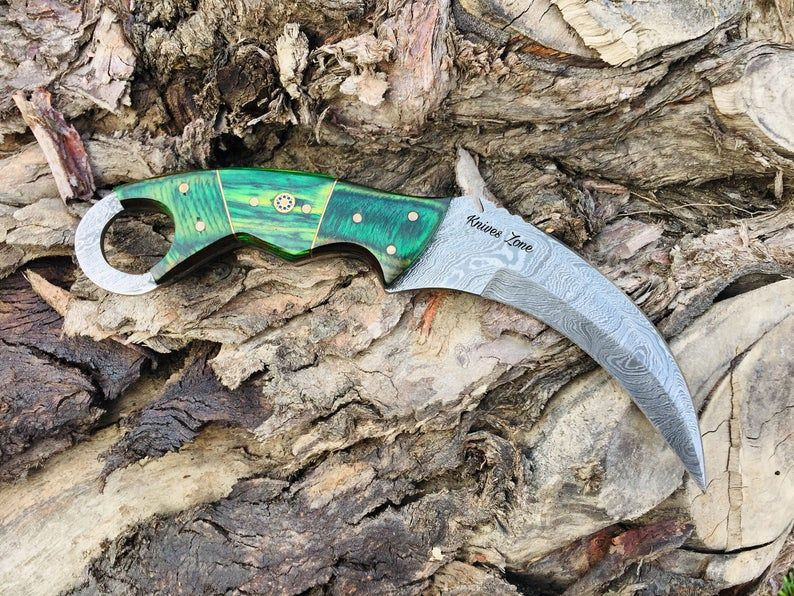 Custom Handmade Damascus Steel Karambit Knife In 2020 Damascus Steel Knife Karambit