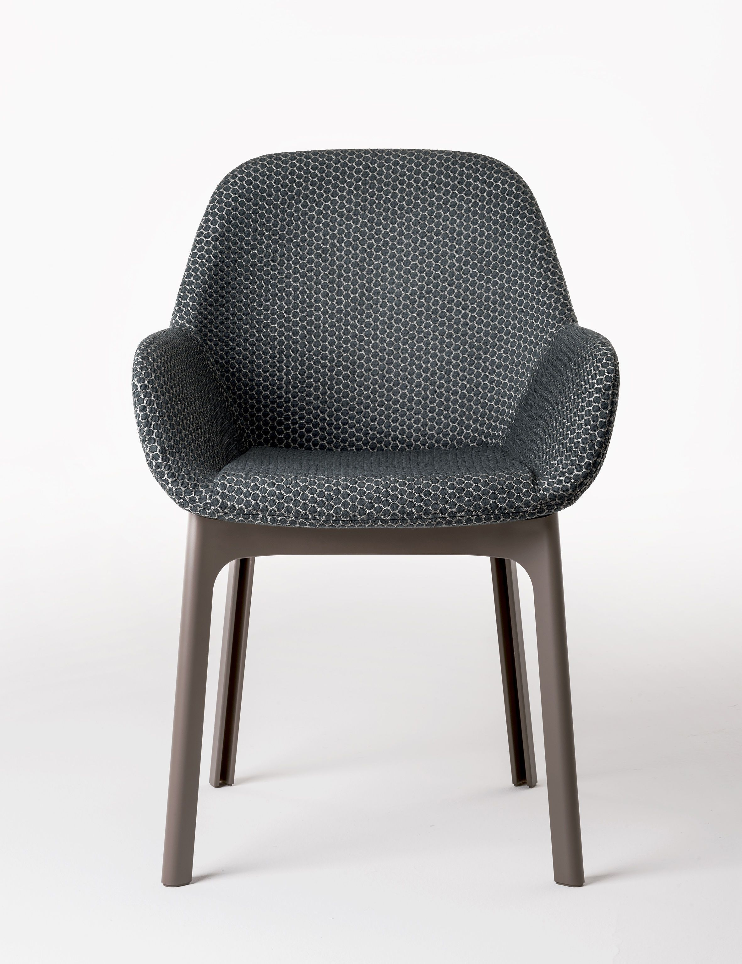 Impressionnant Chaise Fauteuil Tissu Décoration Française - Chaises en bois conforama pour idees de deco de cuisine