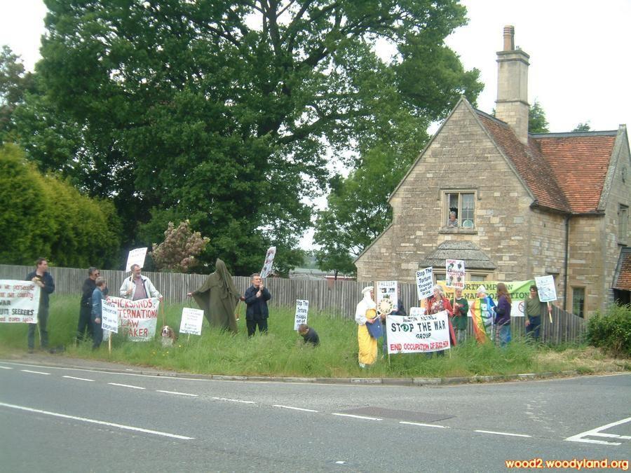 Bottom gate, RAF Chicksands, protestors England uk, The