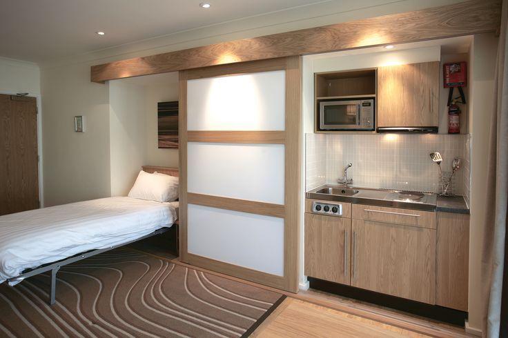 lit mural et cuisine dans un placard b timent pinterest lit mural placard et murale. Black Bedroom Furniture Sets. Home Design Ideas