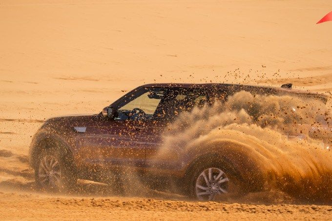 2017 Land Rover Discovery: hardcore tech for normcore driver