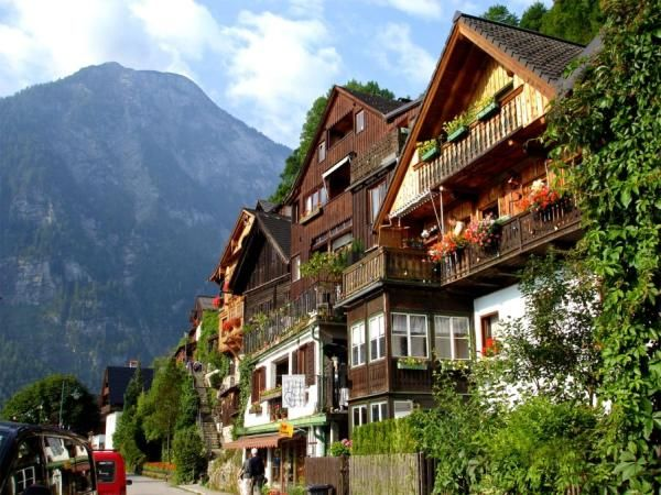 Hallstatt Austria S Most Beautiful Lake Town I 39 Ve Been To Millstat That Must Have Been Near