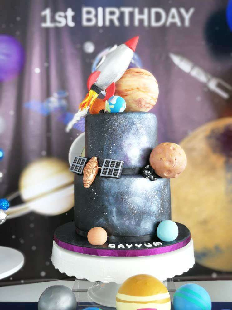 Awe Inspiring How Cool Is The Birthday Cake At This Space Themes Birthday Party Funny Birthday Cards Online Inifofree Goldxyz