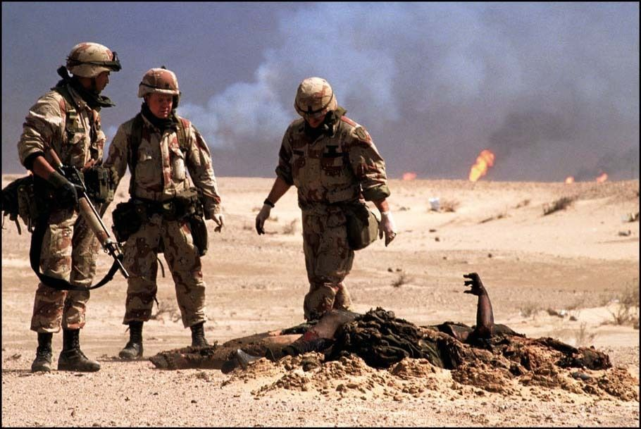A U S Military Graves Detail Buries Iraqi Bodies At The End Of