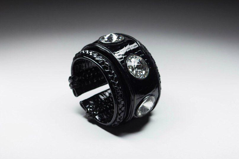 #wrist #wristwear #wristgame #cuff #cuffs #leather_cuff #stylish #style #styles #jewelrygram #instabracelet #instabracelets #leather #geanuine_leather #real_leather #leather_jewelry #cuff_leather #black #colored #sales #saleitems #lilithcocaine #cool #gemstone #fashioninsta #spring #happy #available
