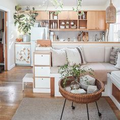 Small and cozy studio apartment ideas for minimalist or Bohemian tasteapartment