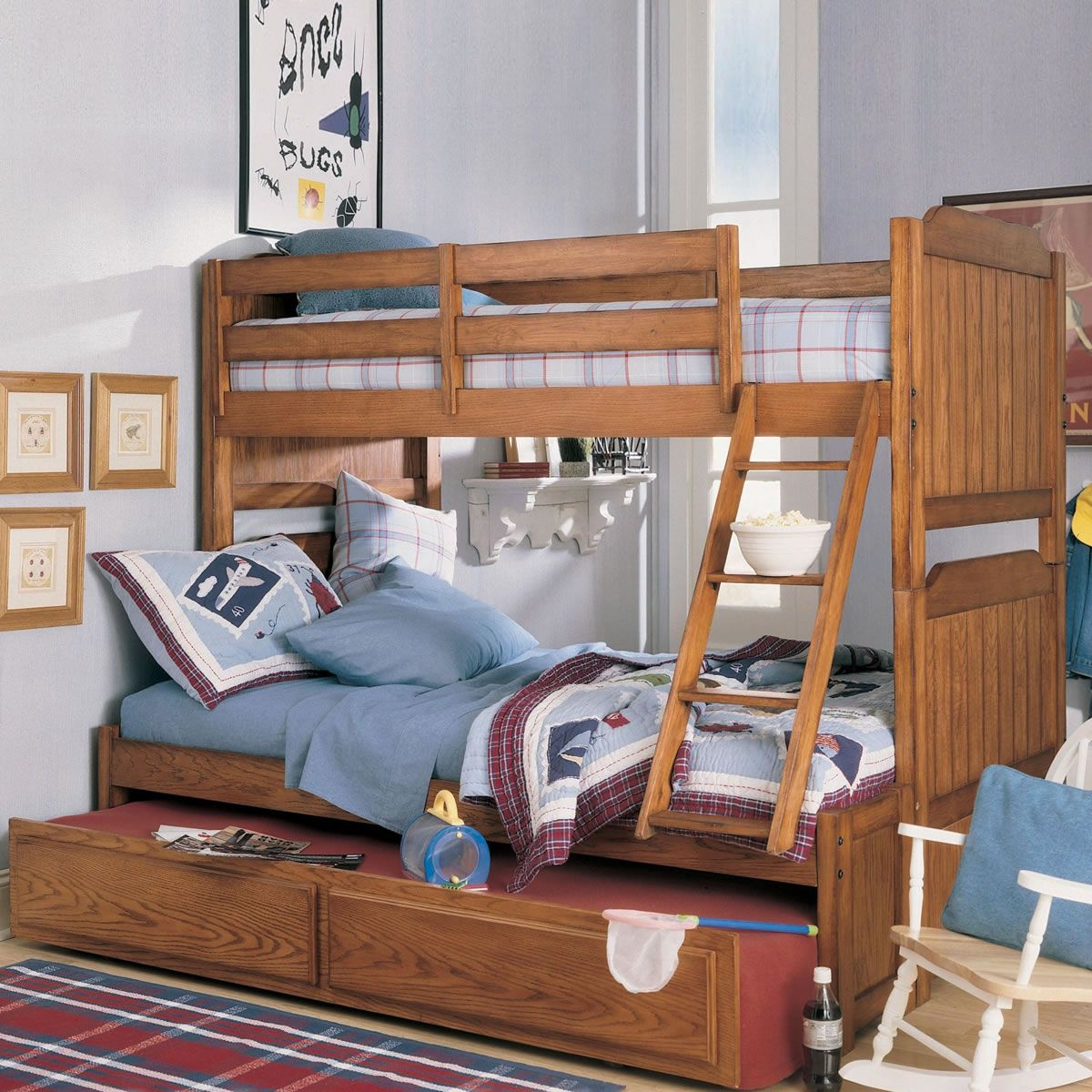 The Difference between the Twin over Full Bunk Bed to the