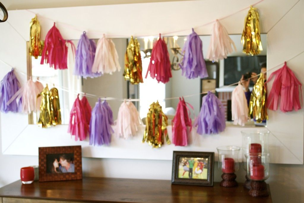 Tissue Paper Garland – Step-by-Step Instructions How to Make a Tassel Garland