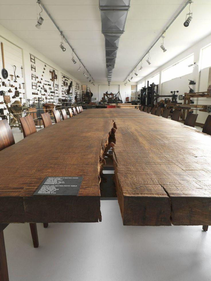 Table en bois brut immense table pinterest bois - Table bois brut ...
