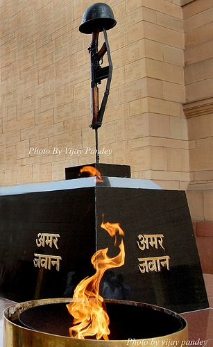 Amar jawan jyoti new delhi india pinterest indian army army amar jawan jyoti new delhi altavistaventures Choice Image
