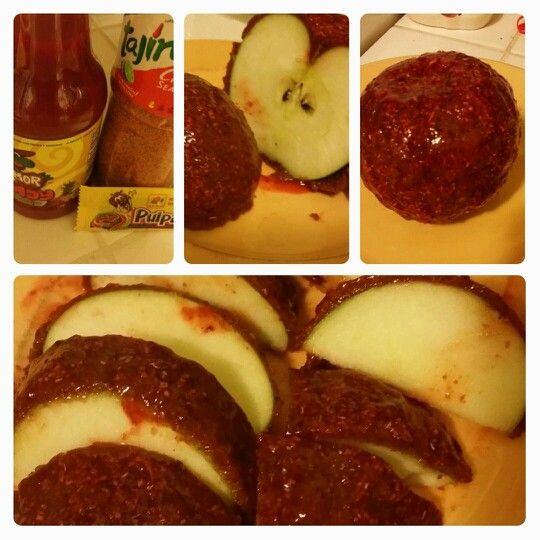Manzana Con Chile Y Cacahuetes Con Chamoy Y Tamarindo Apple