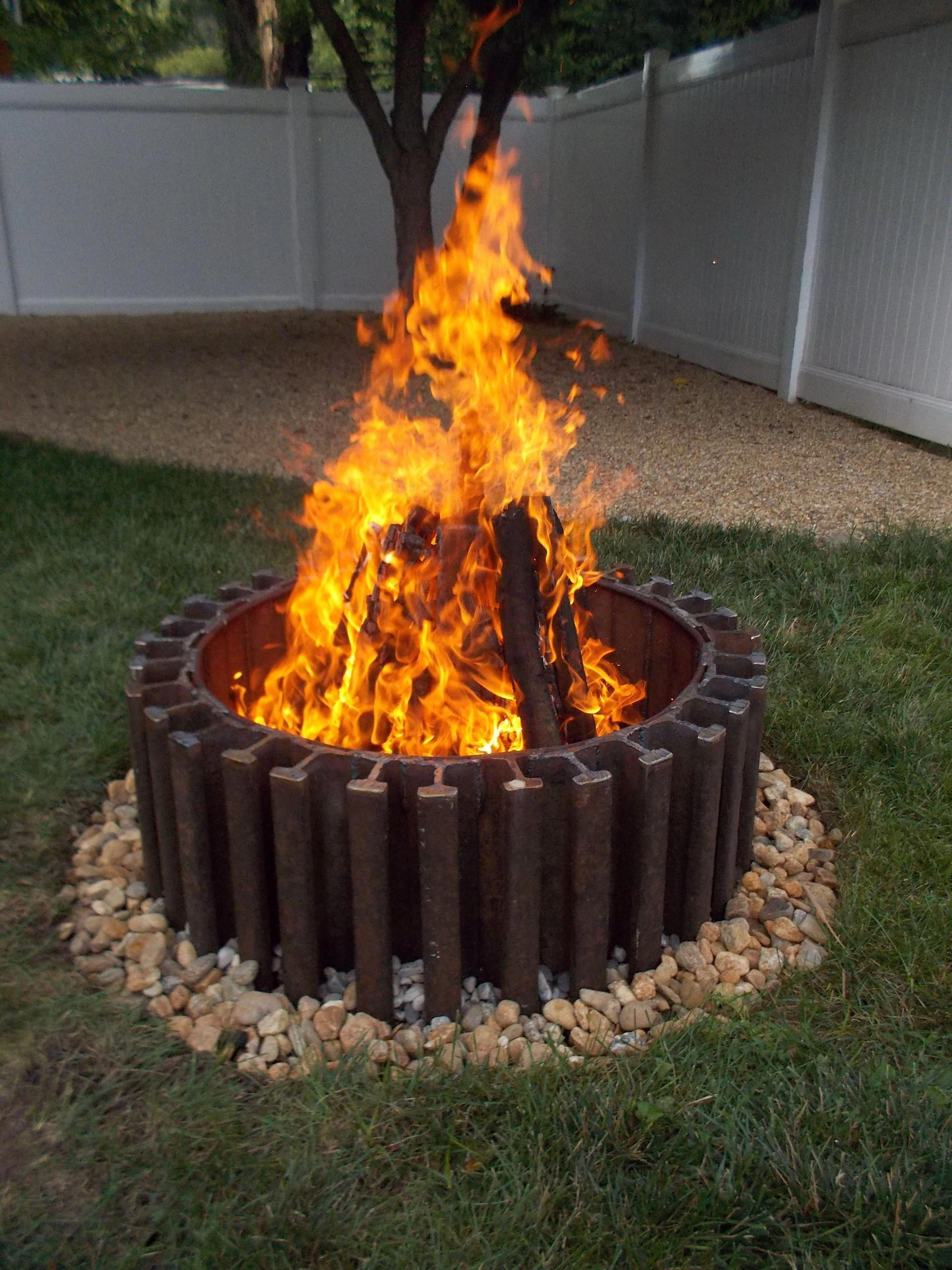Outdoor Fire Pit Insert Kits Browse Our Creative Concepts Brickfirepit Outside Fire Pits Fire Pit Plans Diy Fire Pit