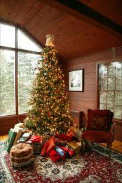 This tradition is closely related to the Christmas tree, as these