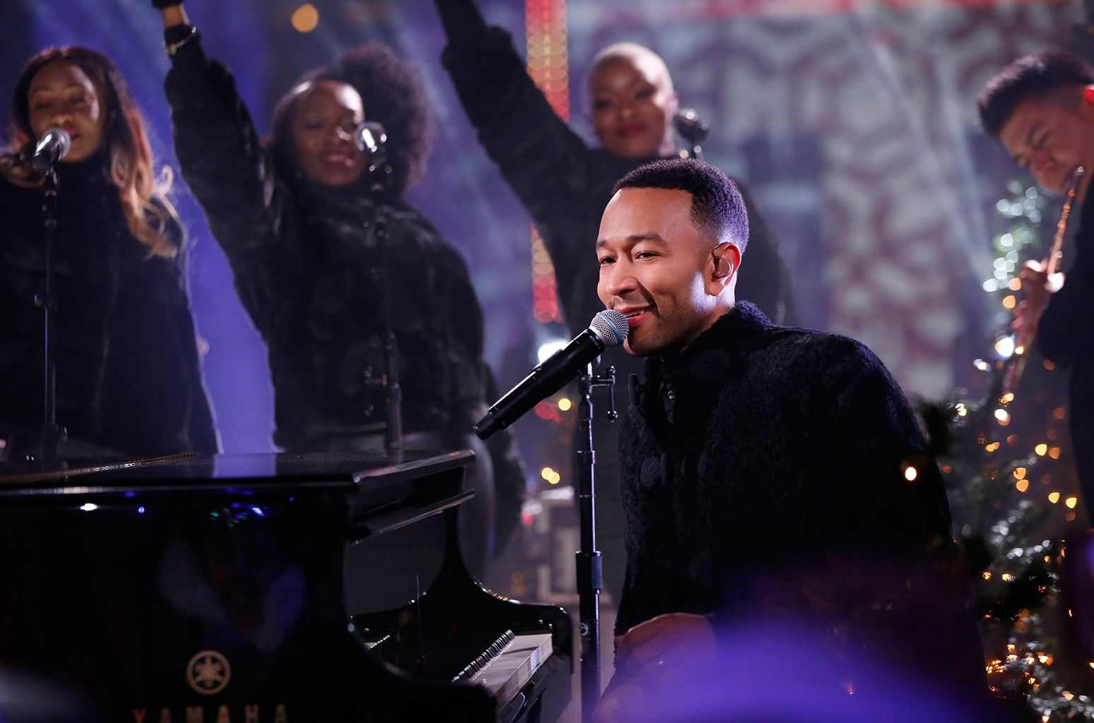 Diana Ross, John Legend, Kelly Clarkson & More to Perform