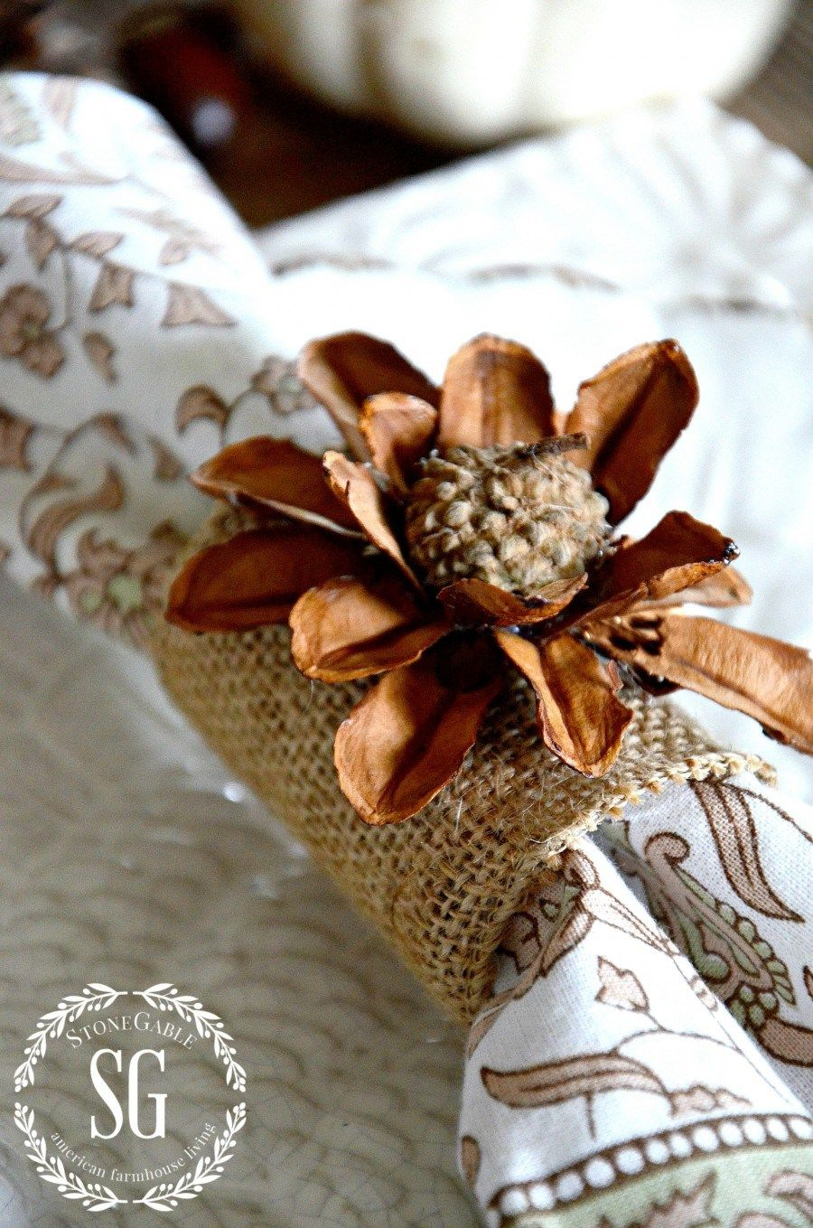 Pinecone And Acorn Flower Napkin Rings Toilet Roll Napkin Rings