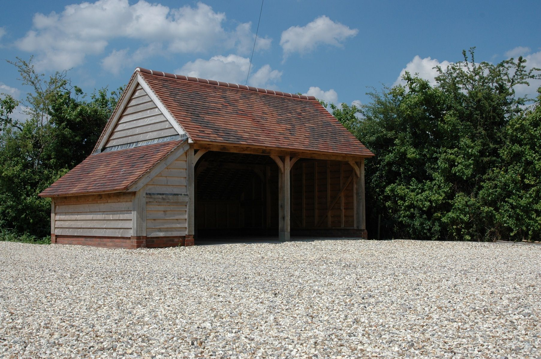 40 Best Detached Garage Model For Your Wonderful House Oak Framed Buildings House Timber Garage