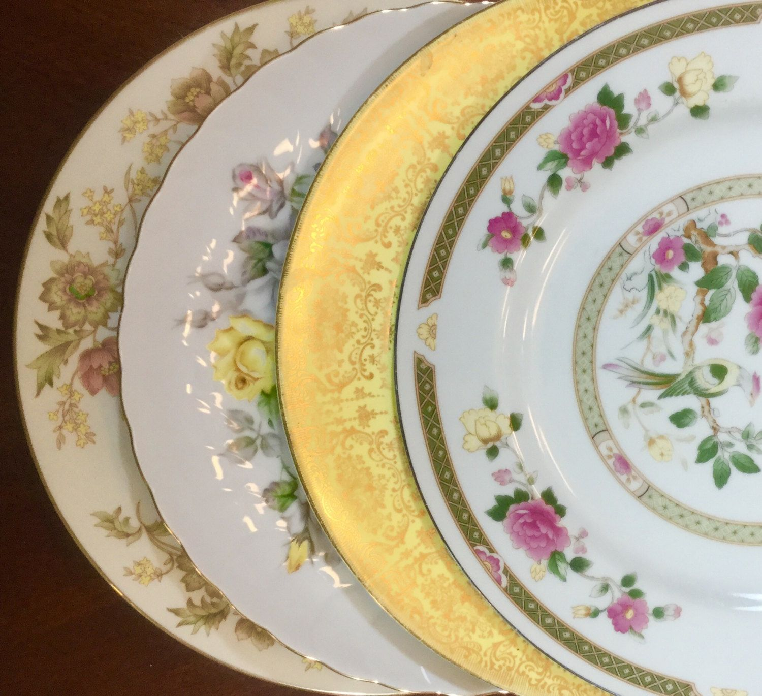 4 MISMATCHED CHINA DINNER Plates Weddings Bridal Shower Tea Party Shabby Chic #166 & 4 MISMATCHED CHINA DINNER Plates Weddings Bridal Shower Tea Party ...