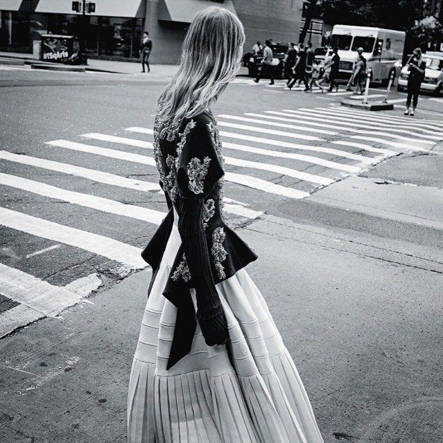 Julia @studio_jackson @vogueaustralia via @troy_wise @5by5forever #vogueaustralia #DanielJackson #ChristineCentenera #EstherLangham #RomySoleimani #RicaRomain #JuliaNobis #supermodel #fashion #fashioneditorial #fashionphotography #editorial #photography #style #femalebeauty #femalestyle #femalefashion #beauty #luxury #fall2016 #ia #instalike #instastyle #instafashion #iawoman #instabeauty #imageamplified #rickguzman #troywise